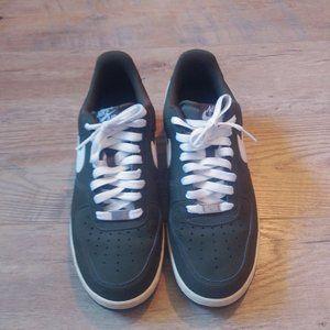 Nike Air Force 1 Low AF1 82 Men's Sneakers Sz 8.5